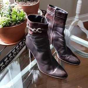 Coach 100% Super Soft Leather Ankle Boots Sz 8